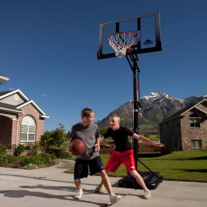 Lifetime 52″ Shatterproof Portable Infinite Adjustable Basketball System, 71286