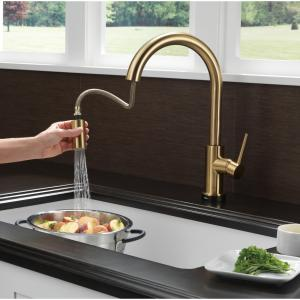 Delta Trinsic Single Handle Pull-Down Kitchen Faucet with Touch, Black Stainless