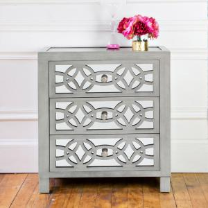 River of Goods Monroe Mirrored 28″ Chest – Silver