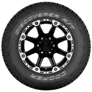 Cooper Discoverer A/T All-Season 265/75R16 116T Tire.
