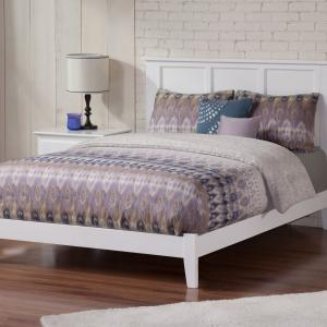Madison Full Traditional Bed in White